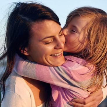 free-stock-photo-mother-mum-kid-girl-love-health-eyesight-prevention